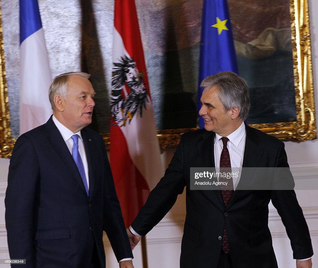France Prime Minister Jean-Marc Ayrault (L) and Austria Prime Minister Werner Faymann (R) attend a press conference in Wien, Austria on January 16, 2014.