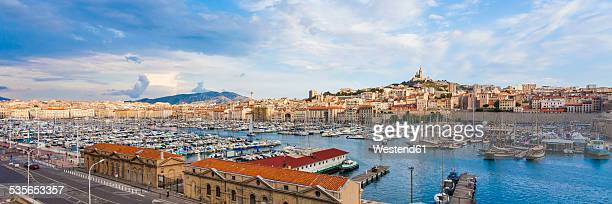 France, Provence-Alpes-Cote dAzur, Bouches-du-Rhone, Marseille, Port Vieux, View to harbour and old town, Panorama