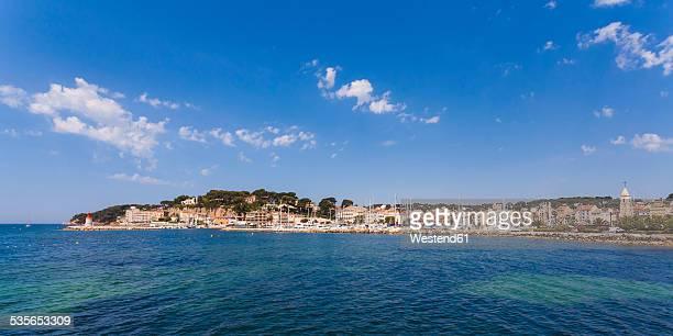 France, Provence-Alpes-Cote dAzur, Department Var, Sanary-sur-Mer, View to harbour