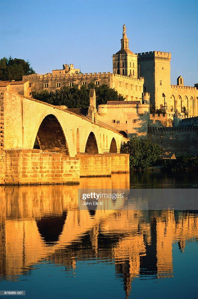 France, Vaucluse, Avignon, Palais des Papes, Pont St-Benezet Bridge