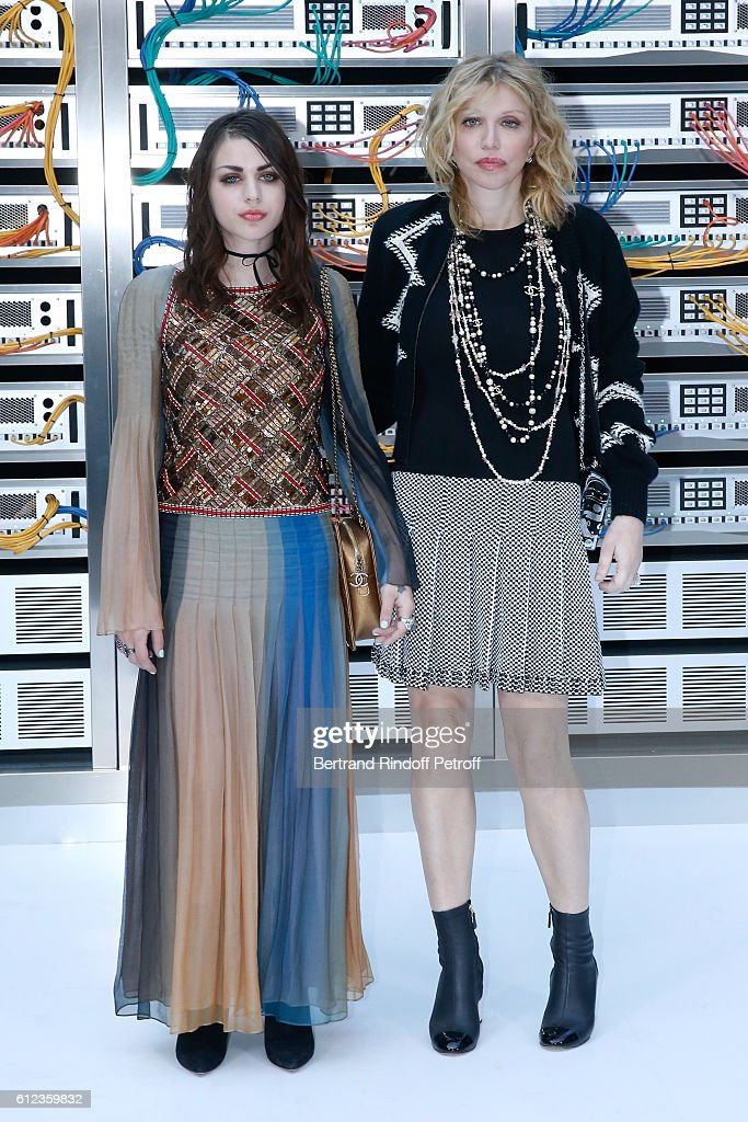 Frances Bean Cobain and Courtney Love attend the Chanel show as part of the Paris Fashion Week Womenswear Spring/Summer 2017 on October 4, 2016 in Paris, France.