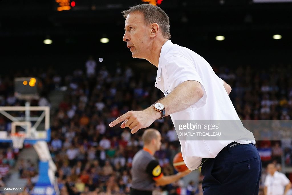 France's coach Vincent Collet reacts during the friendly basketball match between France and Japan at the Kindarena hall in Rouen on June 28, 2016. / AFP / CHARLY