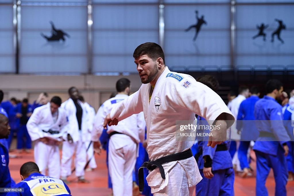 France's Cyrille Maret takes part in the international Paris Grand Slam 2016 training at the sporthall Carpentier in Paris on February 9, 2016. AFP PHOTO/MIGUEL MEDINA / AFP / MIGUEL MEDINA