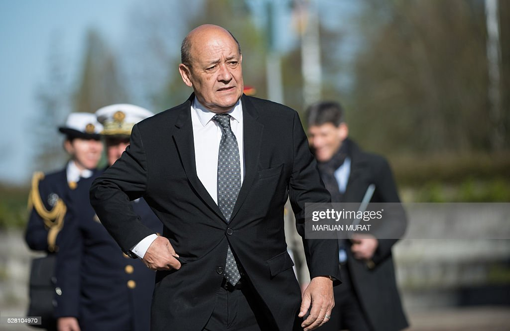 France's Defence Minister Jean-Yves Le Drian arrives for a meeting at the Patch Barracks in Stuttgart, southern Germany, on May 4, 2016. US Defence Secretary Ash Carter met with representatives of the coalition fighting the Islamic State group at the US military base in Germany. / AFP / dpa / Marijan Murat / Germany OUT