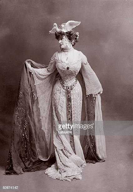 Frances Evelyn 'Daisy' Countess of Warwick dressed as the Queen of Assyria circa 1890 She was at one time the mistress of King Edward VII