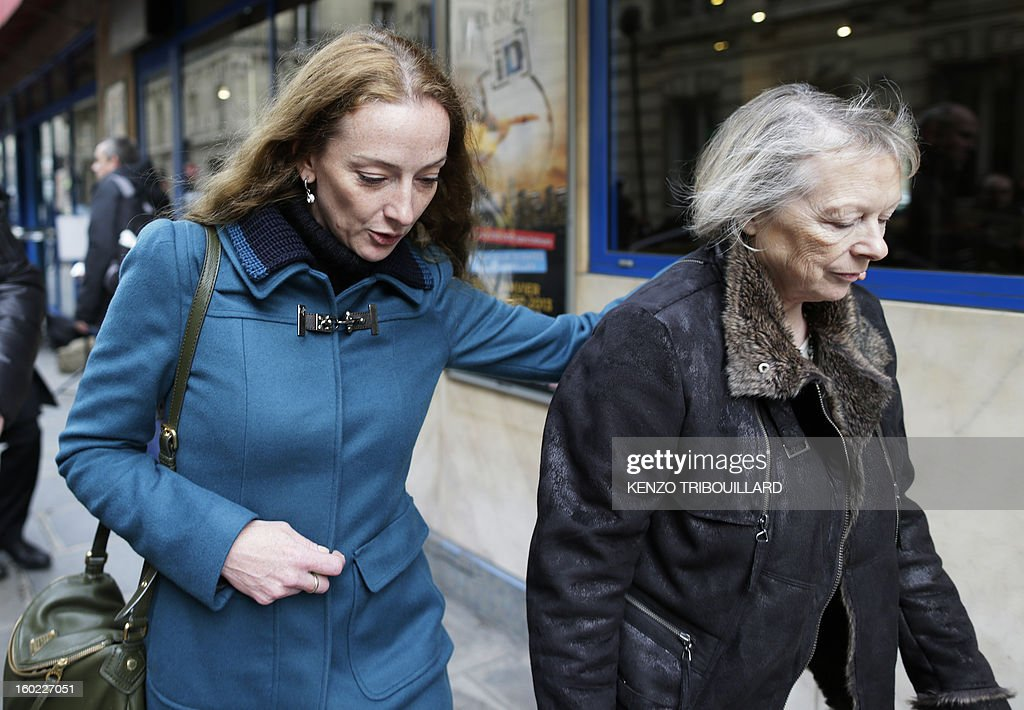 France's Florence Cassez (L) walks in a street of Paris with her mother Charlotte after a lunch with former French president Nicolas Sarkozy on January 28, 2013. Cassez was freed from a Mexican prison four days before following a Supreme Court ruling that police violated her rights by staging her arrest for kidnapping on national television seven years ago. After facing 60 years in jail, Cassez, 38, took a flight to Paris, hours after three of five justices voted for her immediate release in a case that had strained Franco-Mexican ties.