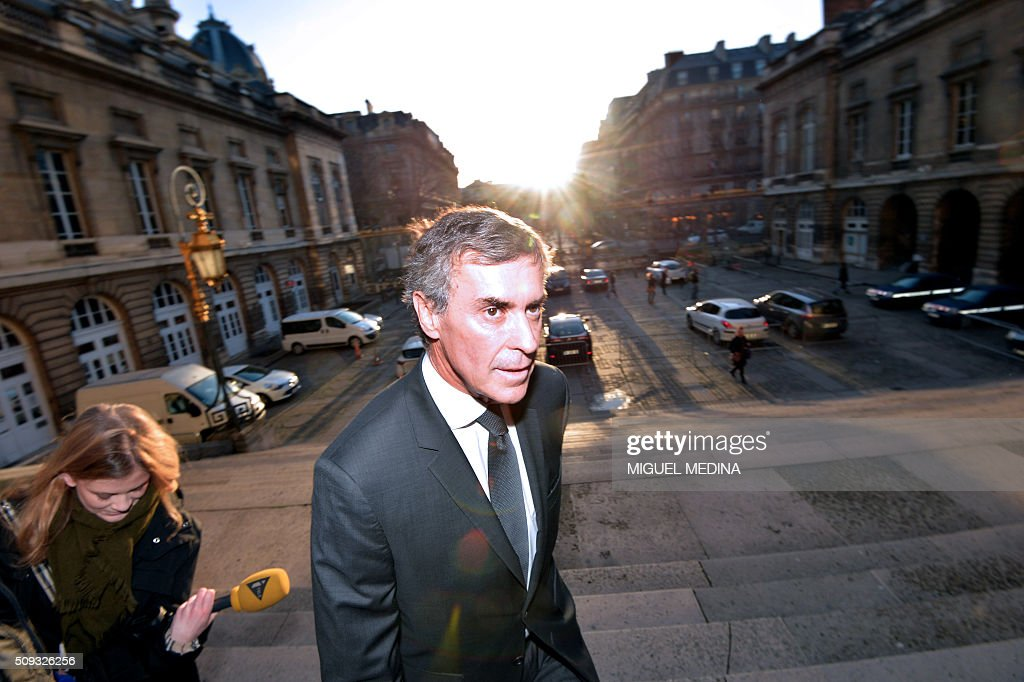 France's former budget minister Jerome Cahuzac arrives at the Paris courthouse for the second day of his tax fraud trial on February 10, 2016. Cahuzac, who stashed millions abroad while cracking down on tax cheats at home, went on trial on February 9 for tax fraud and money laundering. / AFP / MIGUEL MEDINA