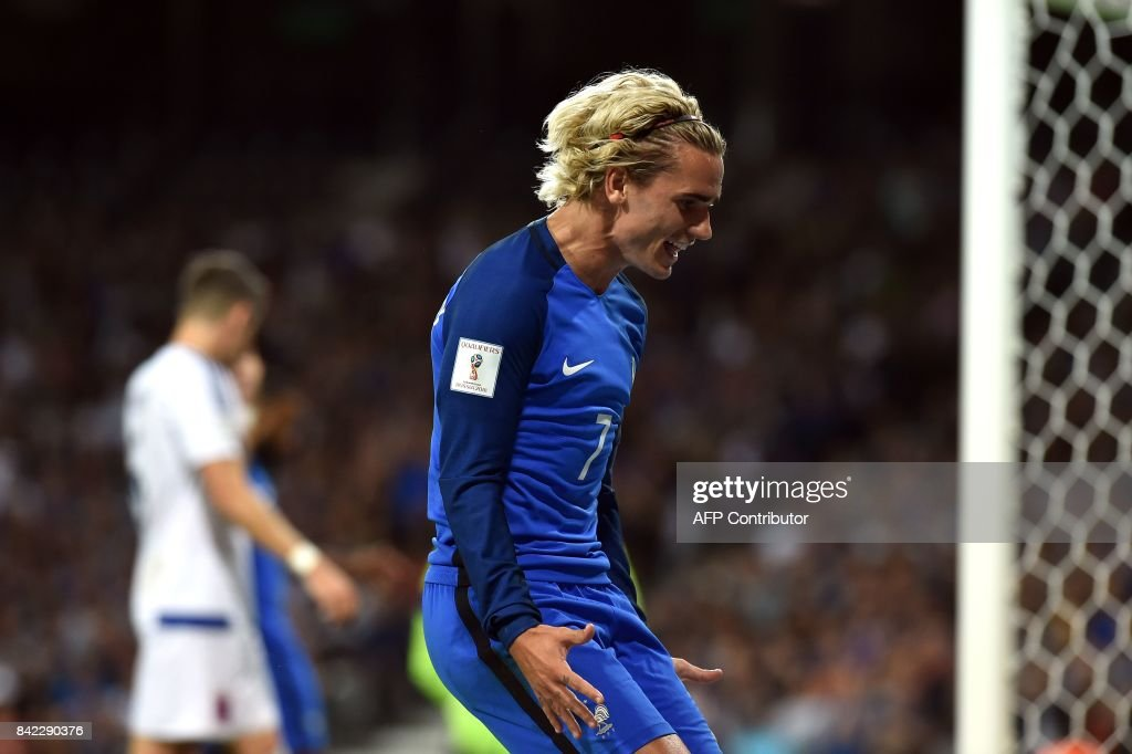 TOPSHOT - France's forward Antoine Griezmann reacts during the FIFA World Cup 2018 qualifying football match France vs Luxembourg on September 3, 2017 at the Municipal Stadium in Toulouse, southern France. /
