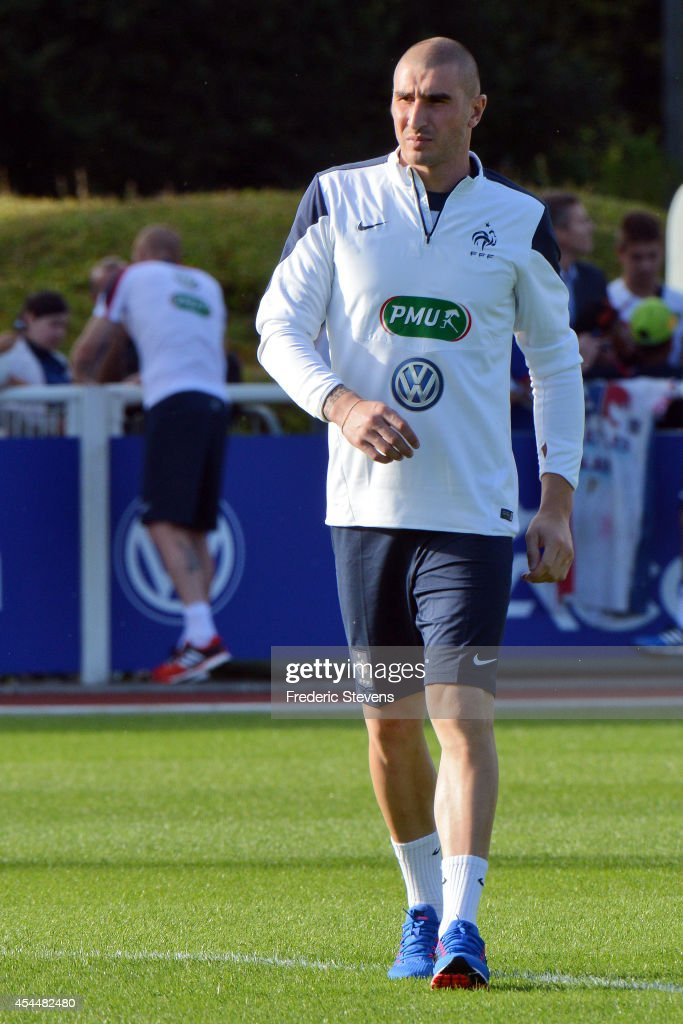 France's goalkeeper <a gi-track='captionPersonalityLinkClicked' href=/galleries/search?phrase=Stephane+Ruffier&family=editorial&specificpeople=4978820 ng-click='$event.stopPropagation()'>Stephane Ruffier</a> arrives a training session at the French national football team centre in Clairefontaine-en-Yvelines, on September 1, 2014 in Clairefontaine, France.The first day of their training ahead before the friendly football match against Spain team.