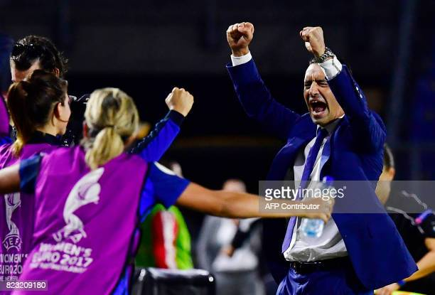 France's head coach Olivier Echouafni and his team react after the UEFA Women's Euro 2017 football tournament between Switzerland and France at Rat...