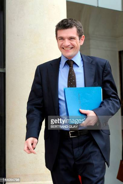 France's Junior Minister for Housing Benoist Apparu leaves the Elysee presidential palace on May 9 2012 in Paris at the end of the last weekly...