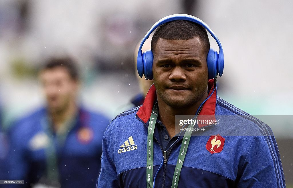 Frances left wing Virimi Vakatawa arrives for the Six Nations international rugby union match between France and Ireland on February 13, 2016 at the Stade de France in Saint-Denis, north of Paris. AFP PHOTO / FRANCK FIFE / AFP / FRANCK FIFE