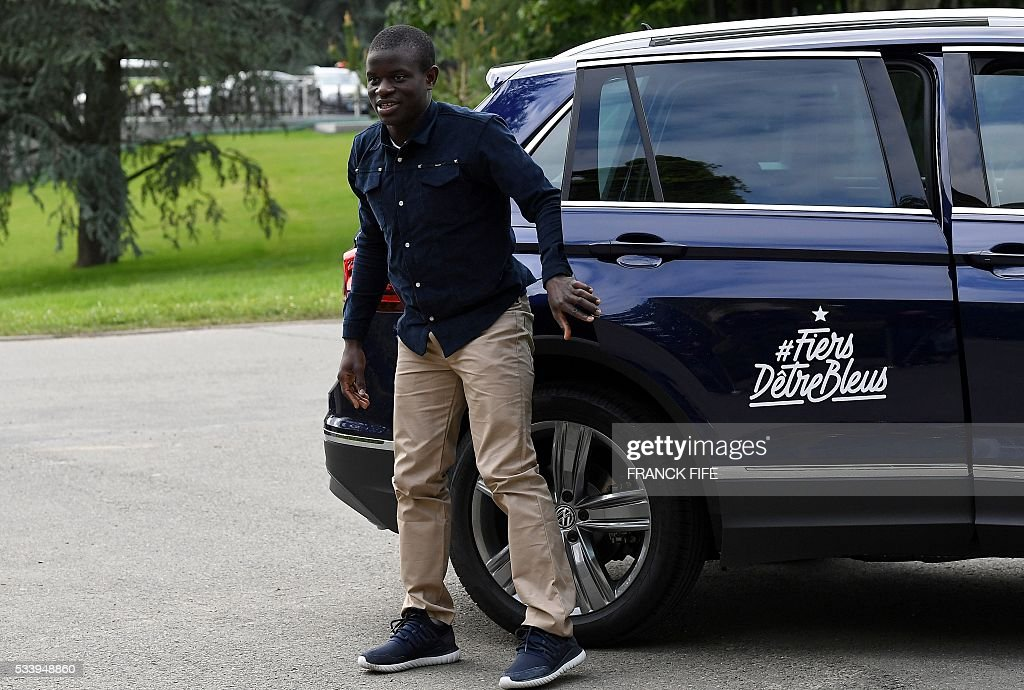 France's midfielder N'Golo Kante arrives at the French national football team training base in Clairefontaine on May 24, 2016, as part of the team's preparation for the upcoming Euro 2016 European football championships. / AFP / FRANCK