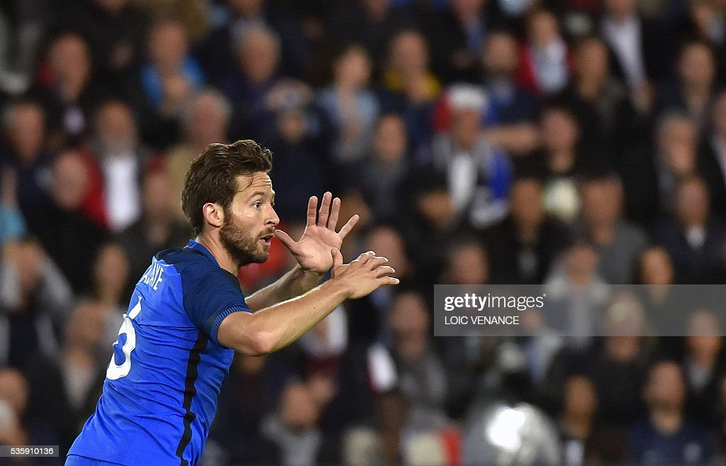 France's midfielder Yohan Cabaye reacts during the International friendly football match between France and Cameroon at the Beaujoire stadium, in Nantes, western France, on May 30, 2016 as part of the French team's preparation for the upcoming Euro 2016 European football championships. / AFP / LOIC