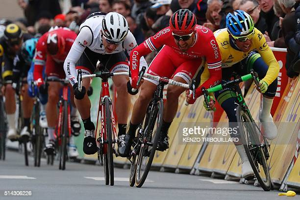 TOPSHOT France's Nacer Bouhanni swerves into Australia's Michael Matthews during the final sprint of the second stage of the 74th edition of the...