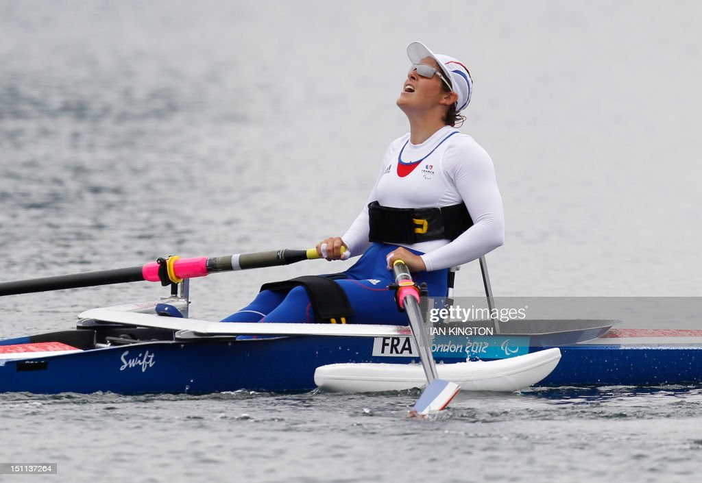 France's Nathalie competes in the AS women single sculls Final A during the London 2012 Paralympic Games in Eton Dorney on September 2, 2012. AFP PHOTO / IAN KINGTON