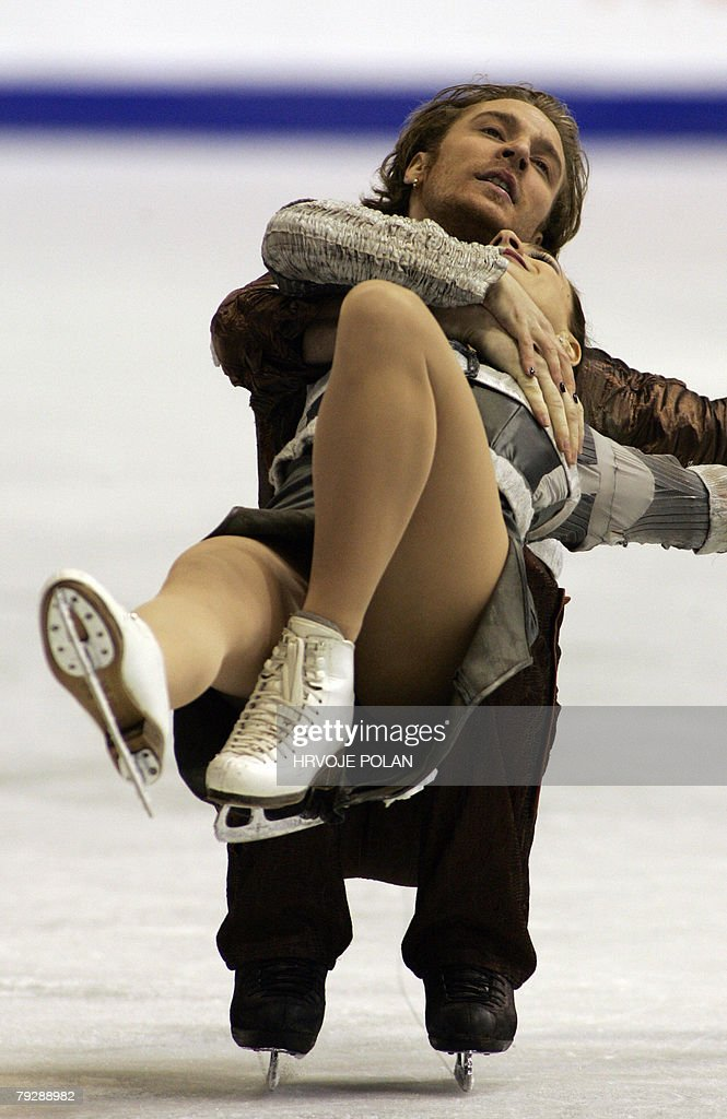 France's Nathalie Pechalat and Fabian Bourzat perform their free dance at the Dom Sportova Arena in Zagreb 25 January 2008 during the European Figure...