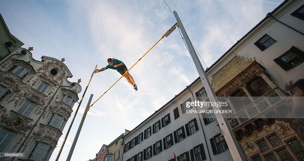France's pole vaulter Jerome Clavier competes during the Golden Roof Challenge on May 25, 2016, in front of the Golden Roof in Innsbruck. / AFP / APA / EXPA/JAKOB GRUBER / Austria OUT