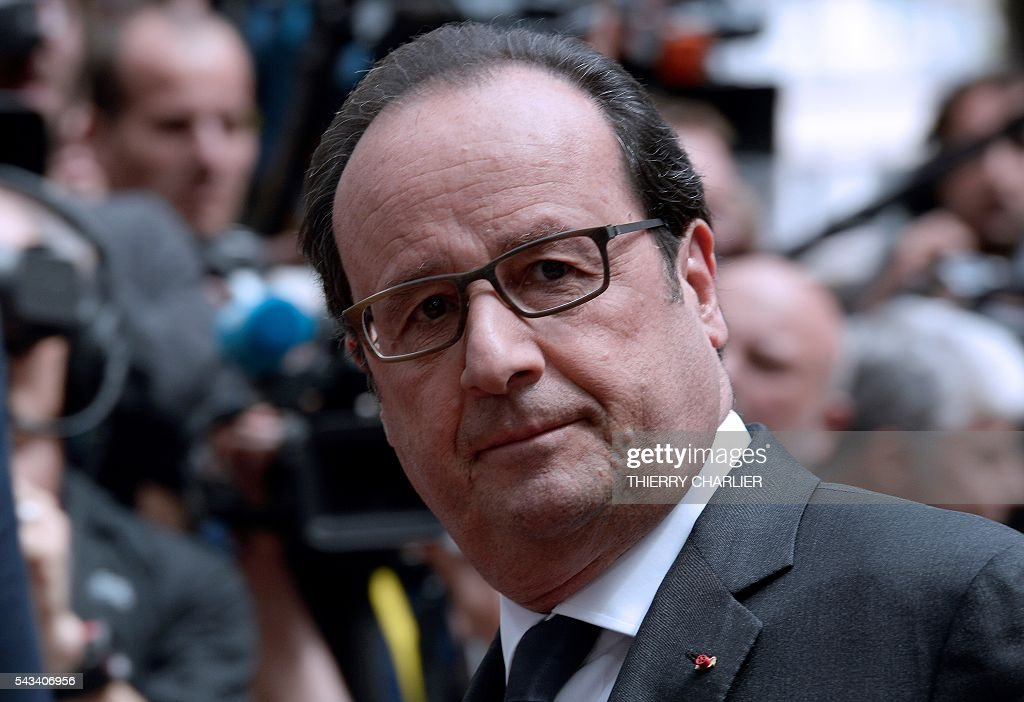 France's President Francois Hollande arrives before an EU summit meeting on June 28, 2016 at the European Union headquarters in Brussels. / AFP / THIERRY