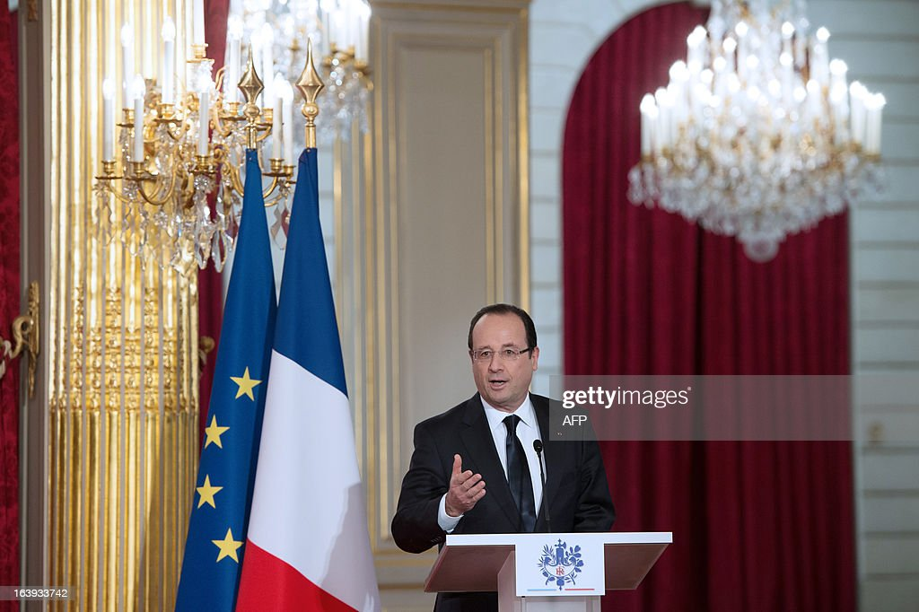 France's President Francois Hollande delivers a speech after European aerospace giant Airbus and Lion Air comapny have signed a contract on March 18, 2013 during a ceremony at the Elysee presidential palace in Paris. Airbus announced a record order worth 18.4 billion euros ($ 23.8 billion) from Indonesia's Lion Air for 234 medium-haul A320 jets. Lion Air, Indonesia's largest private carrier and one of the world's fastest growing airlines, is a new client for Airbus as it has previously been equipped almost exclusively by US rival Boeing.
