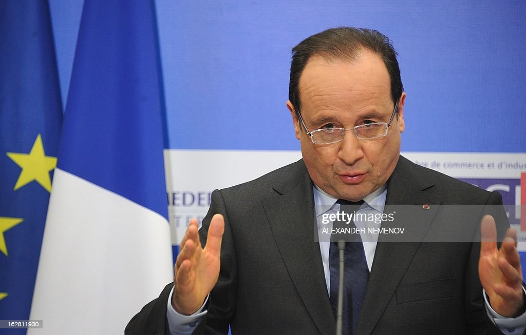France's President Francois Hollande speaks at a meeting with Russian and French businessmen at an economic forum in Moscow on February 28, 2013, prior to a meeting with Russia's President Vladimir Putin at the Kremlin. Hollande said today on a visit to Moscow that he believed it would be possible to come to a political decision on the Syrian conflict in the coming weeks. AFP PHOTO / POOL / ALEXANDER NEMENOV