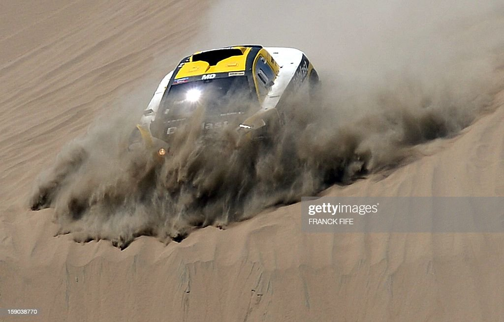 France's Regis Delahaye drives his Buggy during the Stage 2 of the Dakar 2013 in Pisco, Peru, on January 6, 2013. The rally will take place in Peru, Argentina and Chile from January 5 to 20.