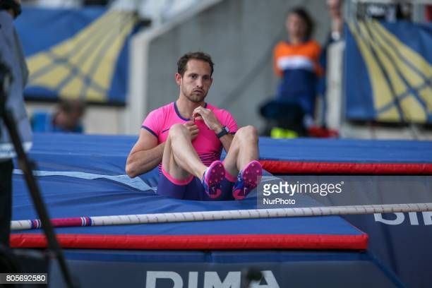 France's Renaud Lavillenie reacts after missing a jump in the Pole Vault event of the International Association of Athletics Federations Diamond...