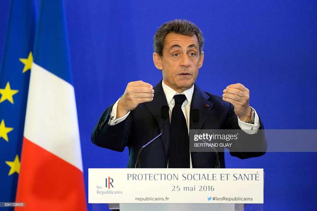 France's right-wing Les Republicains (LR) party president Nicolas Sarkozy delivers a speech focused on the social protection and health on Mai 25, 2016, in Paris. / AFP / BERTRAND
