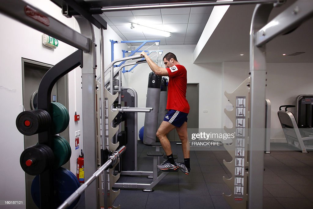 France's rugby union national team lock Yoann Maestri warms up during an indoor training session, on January 27, 2013 in Marcoussis, south of Paris, as part of the preparation of the Six Nations rugby tournament. France will play Italy in their 2013 six nations' rugby match on February 3, 2013.