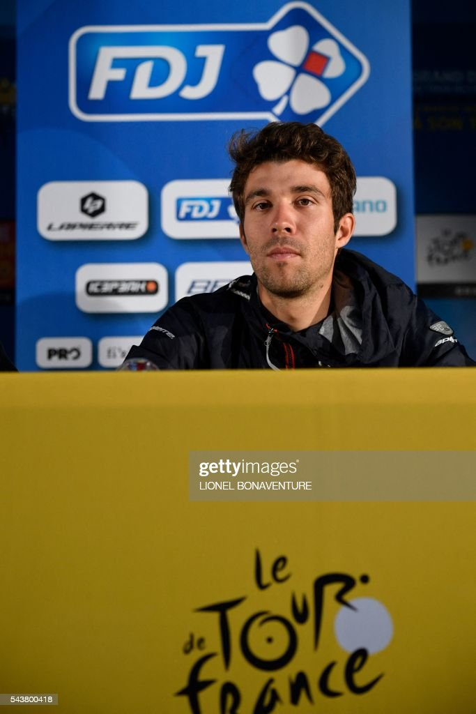 France's Thibaut Pinot takes part in a press conference of the France's FDJ cycling team at the press center in Saint-Lo, Normandy, on July 30, 2016, two days before the start of the 103rd edition of the Tour de France cycling race. The 2016 Tour de France will start on July 2 in the streets of Le Mont-Saint-Michel and ends on July 24, 2016 down the Champs-Elysees in Paris. / AFP / LIONEL