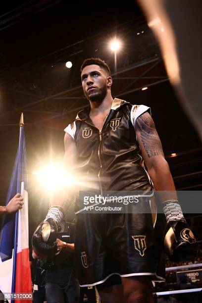 France's Tony Yoka arrives for his heavyweight bout against USA's Jonathan Rice at the Zenith in Paris on October 14 2017 / AFP PHOTO / CHRISTOPHE...