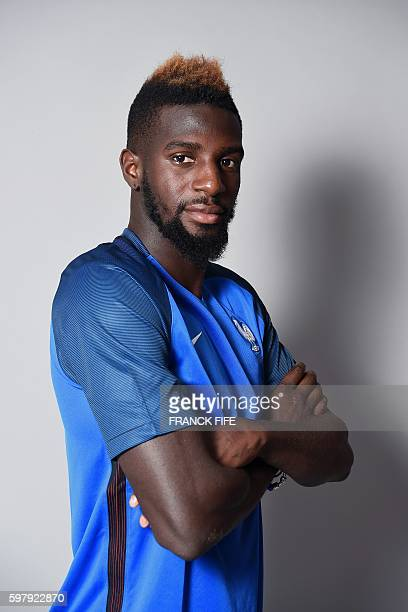 France's under 21 national football team midfielder Tiemoue Bakayoko poses on August 30 2016 in ClairefontaineenYvelines near Paris / AFP / FRANCK...