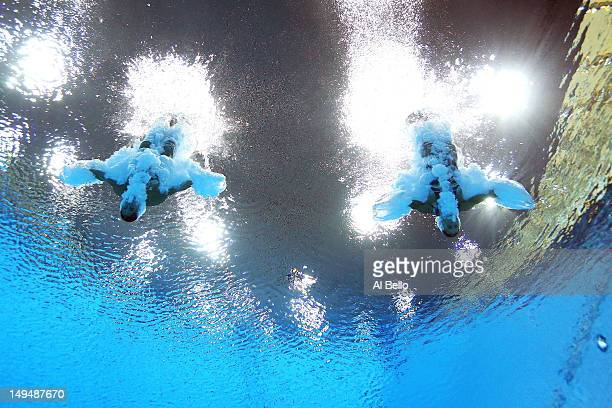 Francesca Dallape and Tania Cagnotto of Italy compete in the Women's Synchronised 3m Springboard final on Day 2 of the London 2012 Olympic Games at...