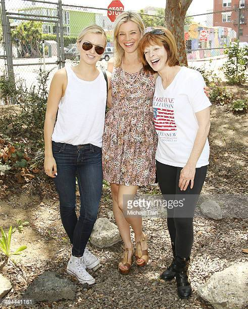Francesca Eastwood Amy Smart and Frances Fisher attend The Environmental Media Association's 5th Annual LA School Garden Program Luncheon held at...