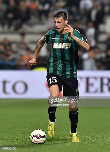 Francesco Acerbi of Sassuolo in action during the Serie A match between US Sassuolo Calcio and Genoa CFC at Mapei Stadium on May 31 2015 in Reggio...