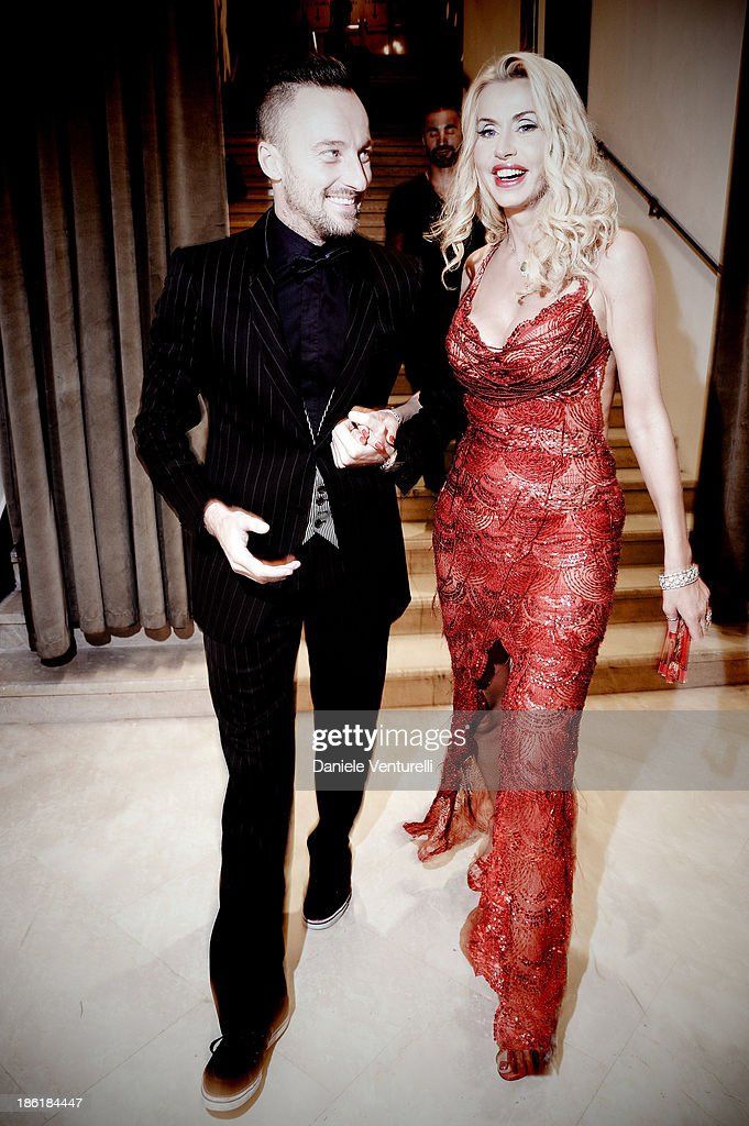 <a gi-track='captionPersonalityLinkClicked' href=/galleries/search?phrase=Francesco+Facchinetti&family=editorial&specificpeople=4172188 ng-click='$event.stopPropagation()'>Francesco Facchinetti</a> and Valeria Marini attends 'Vorrei... 2013' Charity Event To Support Fondazione FFC at Teatro Sistina on October 28, 2013 in Rome, Italy.