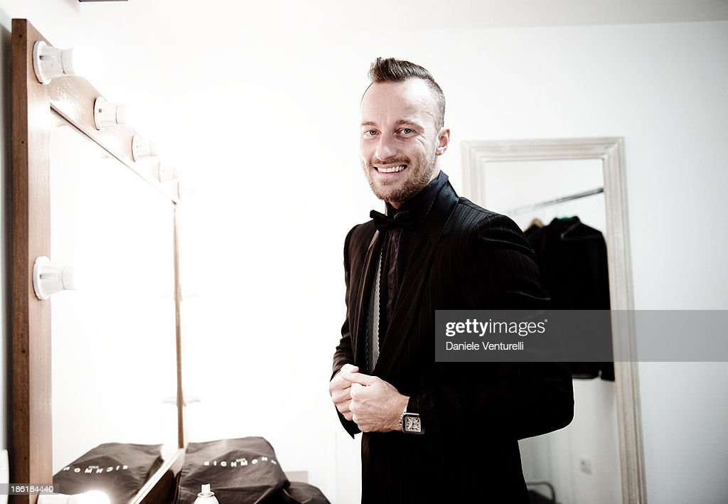 <a gi-track='captionPersonalityLinkClicked' href=/galleries/search?phrase=Francesco+Facchinetti&family=editorial&specificpeople=4172188 ng-click='$event.stopPropagation()'>Francesco Facchinetti</a> attends 'Vorrei... 2013' Charity Event To Support Fondazione FFC at Teatro Sistina on October 28, 2013 in Rome, Italy.