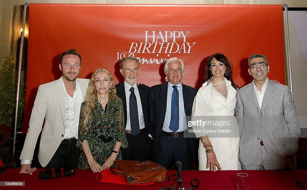 Francesco Facchinetti, Franca Sozzani, Mauro Moroni, Giovanni Landi Di Chiavenna, Maria Grazia Cucinotta, Mirko Achilli attend the Convivio 2010 Press Conference held at Palazzo Marino on May 24, 2010 in Milan, Italy.