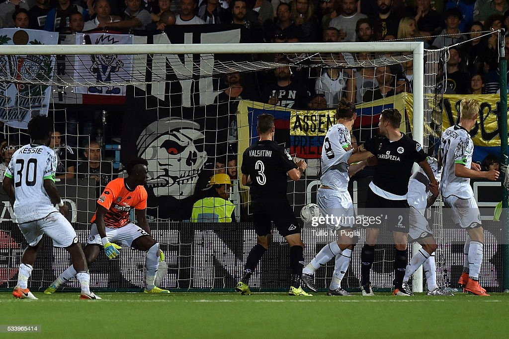Francesco Renzetti of Cesena scores an own goal during the Serie B playoff match between AC Cesena and AC Spezia on May 24, 2016 in Cesena, Italy.