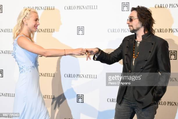 Francesco Sarcina e Clizia Incorvaia attends the Carlo Pignatelli Haute Couture fashion show on May 20 2017 in Milan Italy