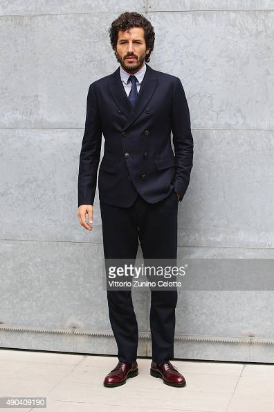Francesco Scianna arrives at the Giorgio Armani show during the Milan Fashion Week Spring/Summer 2016 on September 28 2015 in Milan Italy