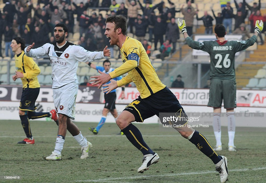 Francesco Stanco of Modena FC celebrates after scoring a goal during the Serie B match between Modena FC and Reggina Calcio at Alberto Braglia...