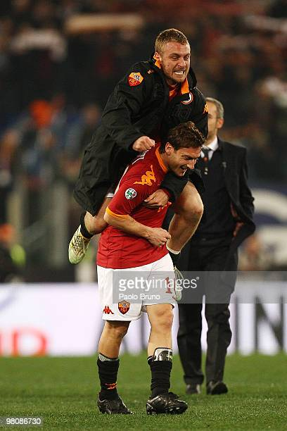 Francesco Totti and Daniele De Rossi of AS Roma celebrates the victory after the Serie A match between AS Roma and FC Internazionale Milano at Stadio...
