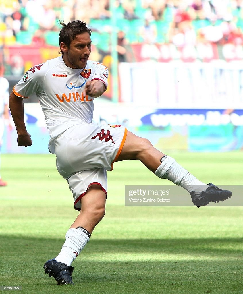 Francesco Totti of AS Roma in action during the AC Milan and AS Roma Serie A match at the Stadio Giuseppe Meazza on May 24 2009 in Milan Italy