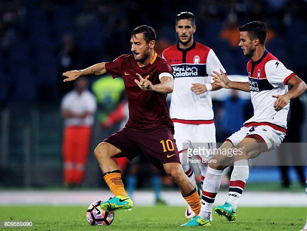Francesco Totti of AS Roma in action during the Serie A match between AS Roma and FC Crotone at Stadio Olimpico on September 21 2016 in Rome Italy