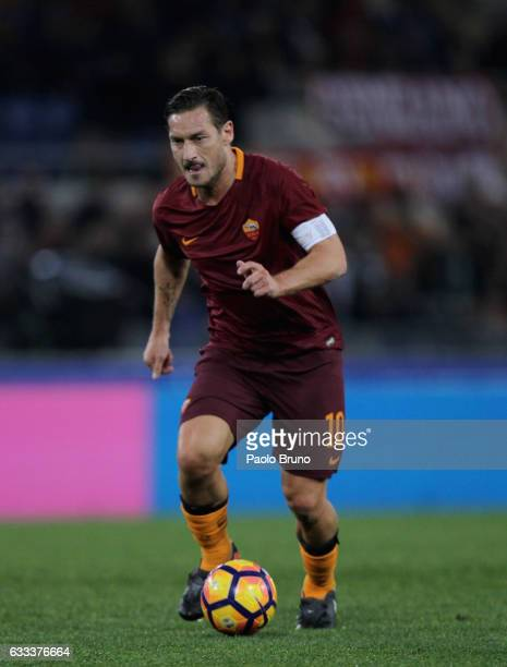 Francesco Totti of AS Roma in action during the Serie A match between AS Roma and AC Cesena on February 1 2017 in Rome Italy
