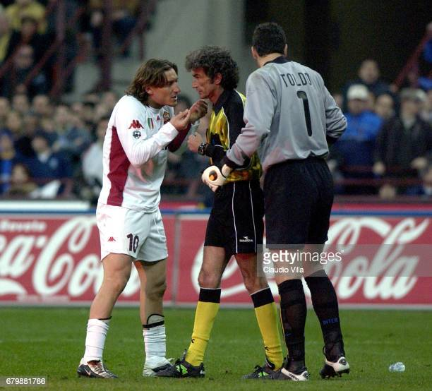 Francesco Totti of Roma and Francesco Toldo of Inter discussing with the referee Graziano Cesari during the SERIE A 28th Round League match between...