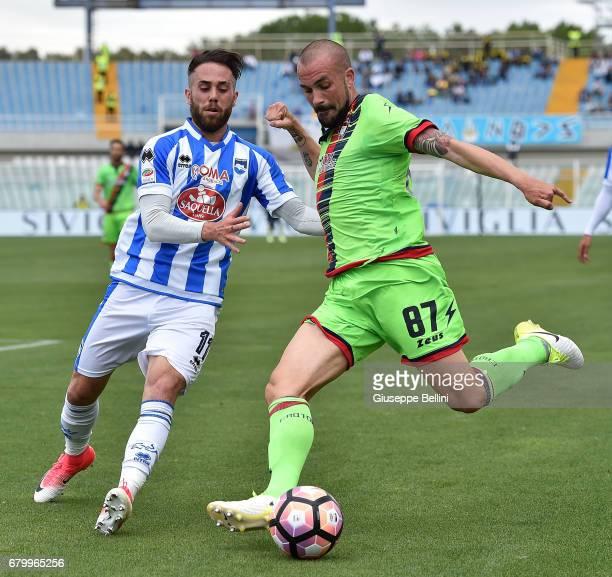 Francesco Zampano of Pescara Calcio and Bruno Martella of FC Crotone in action during the Serie A match between Pescara Calcio and FC Crotone at...