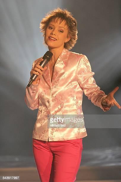 Francine Jordi Sängerin Schlager Volksmusik SchweizAuftritt in der MDR Fernsehsendung 'Die Schlager des Jahres' in der Stadthalle Chemnitz...