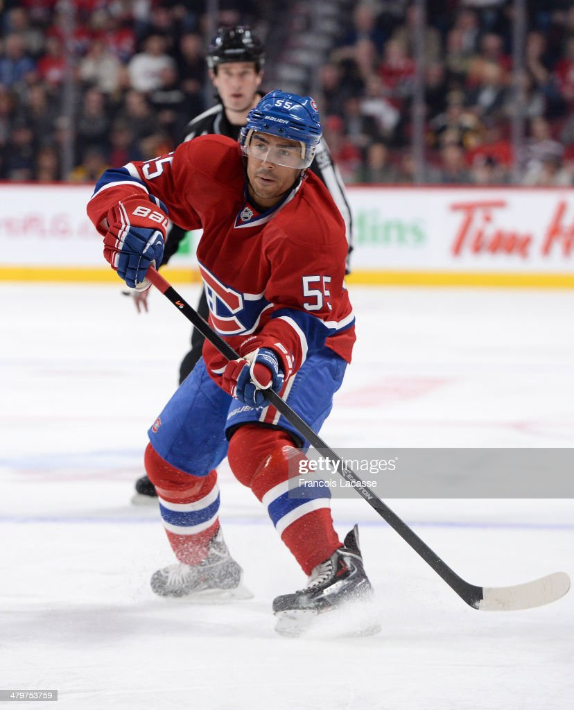 Francis Bouillon of the Montreal Canadiens makes a pass during the game against the Boston Bruins during the NHL game on March 12 2014 at the Bell...